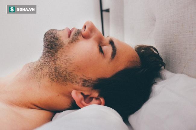 10 giải pháp tuyệt vời cho những người mắc bệnh ngủ ngáy - Ảnh 1.