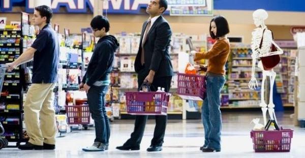 Đã tìm ra cách giúp bạn thoát khỏi cảnh rồng rắn xếp hàng tính tiền ở siêu thị - Ảnh 1.