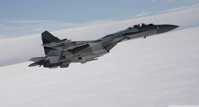 Nga, Trung Quốc đang thách thức sự thống trị trên không của Mỹ - Ảnh 1.