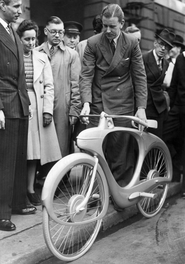 Ngắm nhìn thiết kế xe đạp đột phá vào năm 1946 từng được cho là hiện thân của tương lai - Ảnh 1.