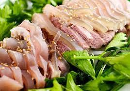 Những thực phẩm sẽ trở nên độc hại nếu kết hợp với đậu phụ - Ảnh 2.