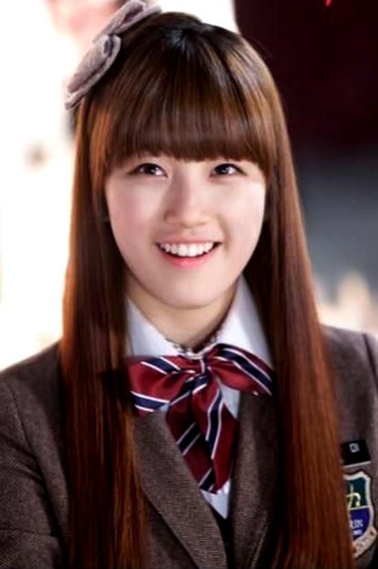YoonA - Suzy - IU: Ai là nữ thần tượng thành công nhất với nghiệp diễn? - Ảnh 1.