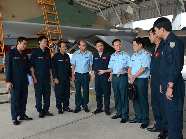 Trung đoàn 925: Bài học kinh nghiệm từ ban bay mẫu - Ảnh 1.