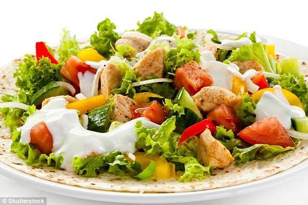 Để không bị béo lên thì bạn phải ăn trưa theo cách này mới chuẩn - Ảnh 2.