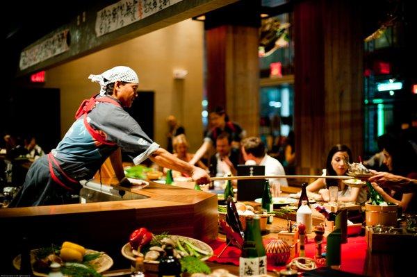 5 cung cách phục vụ của người Nhật Bản khiến ai cũng phải ngả mũ kính phục - Ảnh 2.