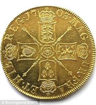 Đổi đời nhờ đồng xu trị giá 7 tỷ trong đống đồ chơi của con - Ảnh 1.