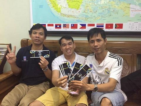 Nhiều CĐV Việt Nam phải nhờ người Myanmar mua vé hộ - Ảnh 1.
