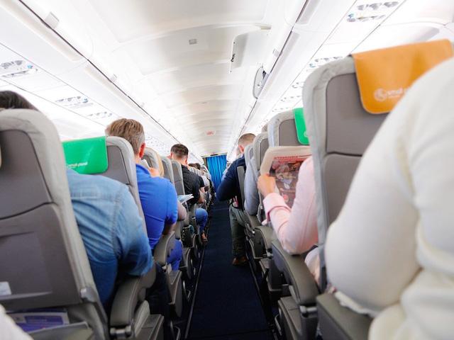 Làm thế nào để sống sót trong một vụ tai nạn máy bay? - Ảnh 1.