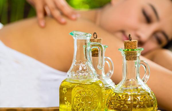 Tích trữ loại dầu này ở nhà, bạn sẽ không phải lo bị bệnh viêm khớp, đau lưng và đau dây thần kinh tọa làm phiền - Ảnh 2.