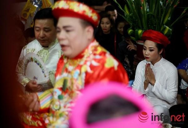 Huyền bí lễ mở phủ trong tín ngưỡng Thờ Mẫu của người Việt - Ảnh 2.