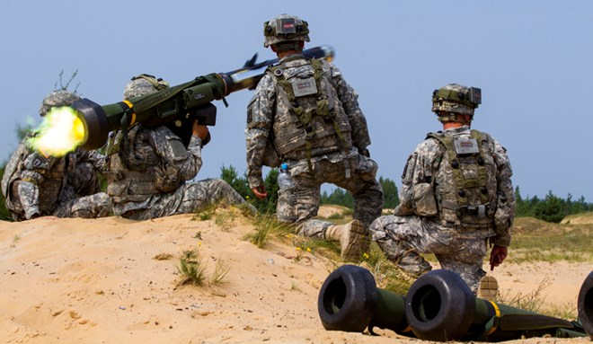Lãnh đạo NATO giải thích lý do không can dự vào cuộc chiến ở Syria - Ảnh 1.