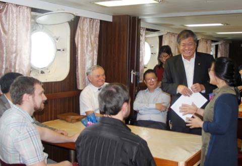 Nhà khoa học Việt nghiên cứu Biển Đông trên tàu Nga  - Ảnh 5.