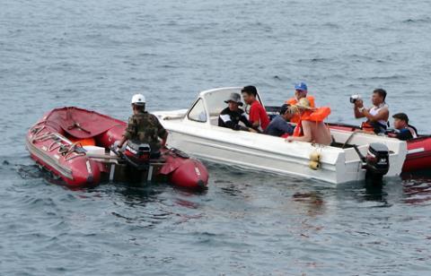 Nhà khoa học Việt nghiên cứu Biển Đông trên tàu Nga  - Ảnh 6.