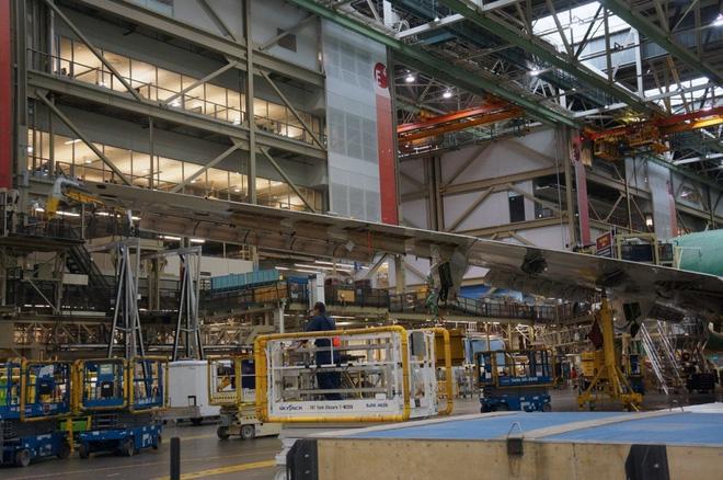 Cận cảnh nhà máy của Boeing - nơi lắp ráp nên chiếc 747 huyền thoại - Ảnh 10.