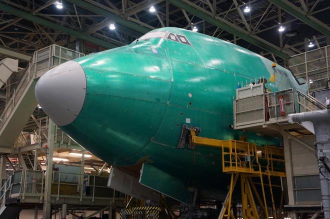 Cận cảnh nhà máy của Boeing - nơi lắp ráp nên chiếc 747 huyền thoại - Ảnh 11.