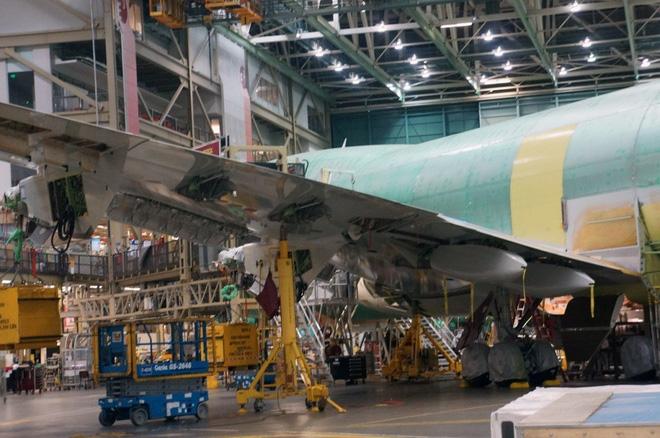 Cận cảnh nhà máy của Boeing - nơi lắp ráp nên chiếc 747 huyền thoại - Ảnh 12.