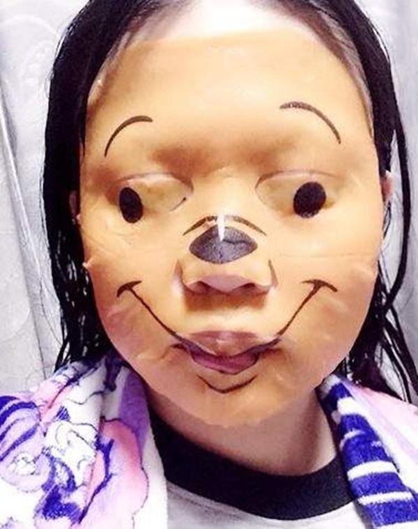 Phát hoảng với những kiểu đắp mặt nạ dọa ma của chị em - Ảnh 13.