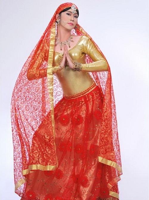 Hoa hậu cũng phải ghen với những hình ảnh này của Hoài Linh - Ảnh 14.