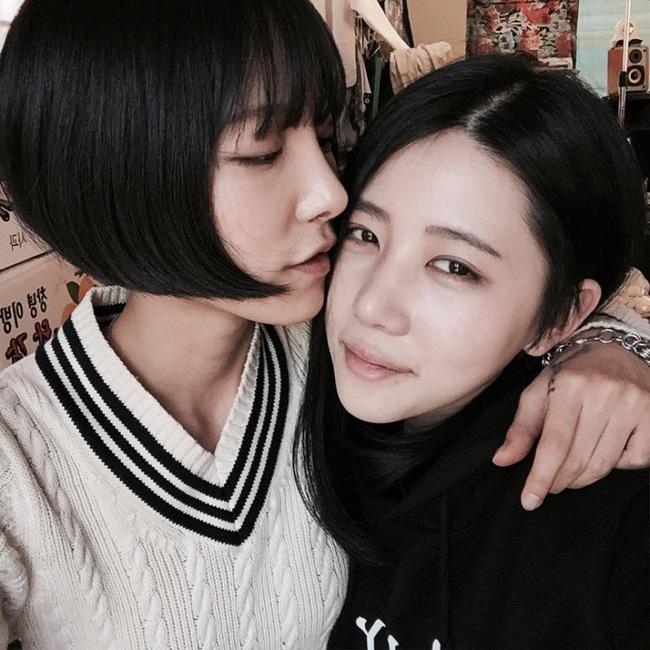 Chuyện tình đẹp của cặp đôi đồng tính nữ Hàn Quốc sẽ khiến bạn dám làm tất cả chỉ để yêu! - Ảnh 14.