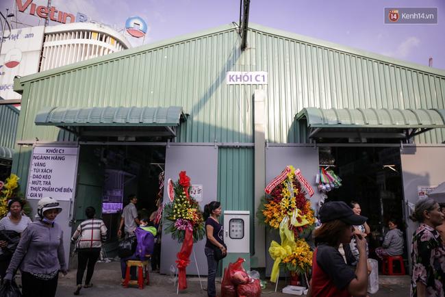 Chợ Lớn tạm ngưng hoạt động 1 năm, các tiểu thương cuối cùng buồn bã dọn hàng - Ảnh 15.