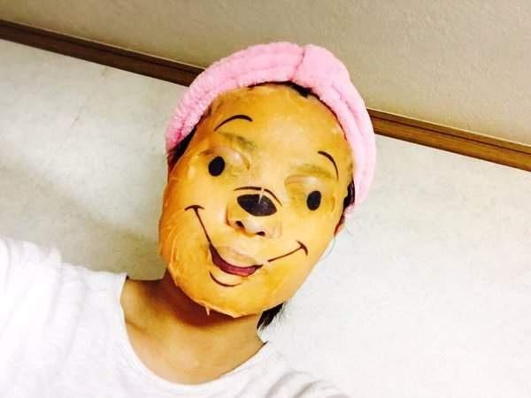 Phát hoảng với những kiểu đắp mặt nạ dọa ma của chị em - Ảnh 16.