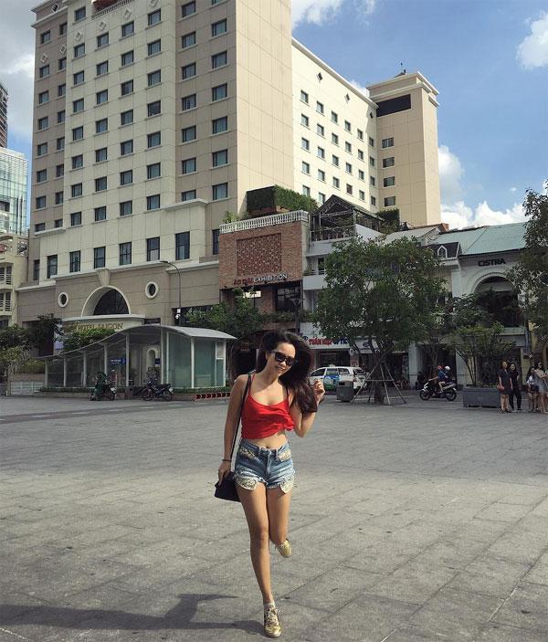 Em gái siêu mẫu Hà Anh nóng bỏng không kém gì chị gái  - Ảnh 16.