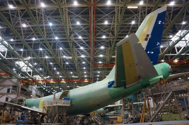 Cận cảnh nhà máy của Boeing - nơi lắp ráp nên chiếc 747 huyền thoại - Ảnh 18.
