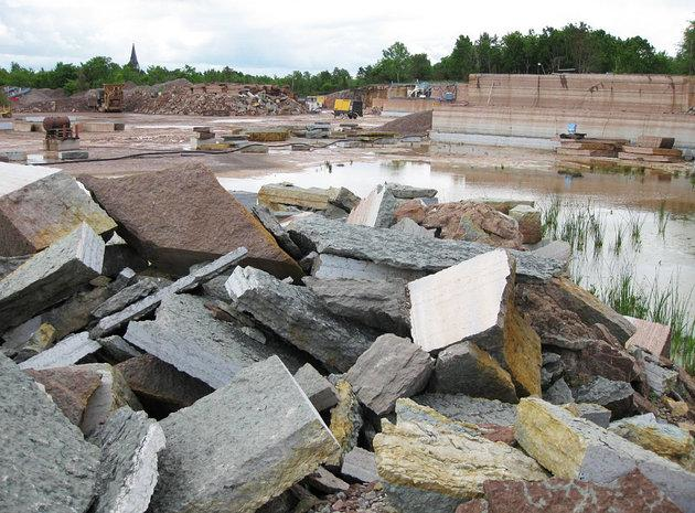 Mảnh thiên thạch chưa từng thấy trong lịch sử được phát hiện trong một mỏ đá vôi tại Thụy Điển - Ảnh 1.