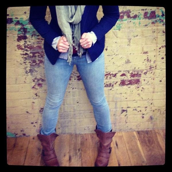 Ai cũng có một mớ quần jeans cũ nhưng chẳng ai nghĩ đến sẽ dùng chúng như thế này cả - Ảnh 2.