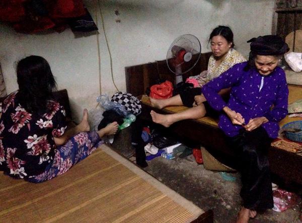 9x xuyên Việt cứu cụ già 82 tuổi nuôi 3 con khuyết tật - Ảnh 2.