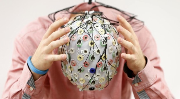 Chúng ta sẽ tự phát triển giác quan thứ 6 nhờ sự tiến bộ của công nghệ - Ảnh 1.