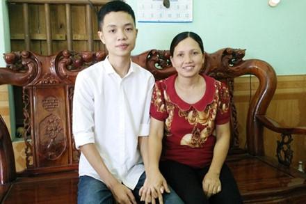 Ninh Bình: Tài xế gây tai nạn khiến mẹ thủ khoa tử vong đã ra đầu thú - Ảnh 1.