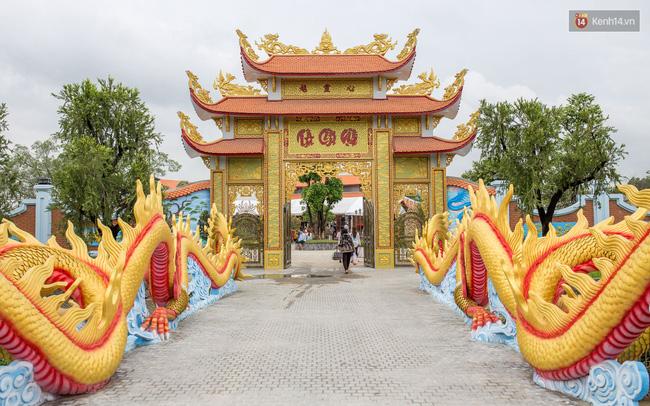 Cập nhật: Các nghệ sĩ đến thăm đền thờ Tổ trị giá 100 tỷ của Hoài Linh - Ảnh 23.