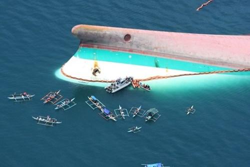 Những vụ chìm tàu du lịch kinh hoàng trên thế giới - Ảnh 2.