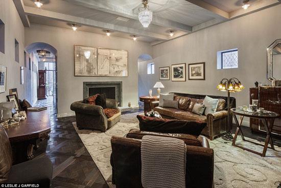 Bí mật bên trong căn hộ với giá thuê gần 900 triệu một tháng của Taylor Swift - Ảnh 3.