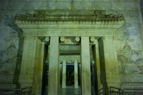 Lăng mộ của Càn Long đại đế và những bí ẩn chưa có lời giải - Ảnh 3.