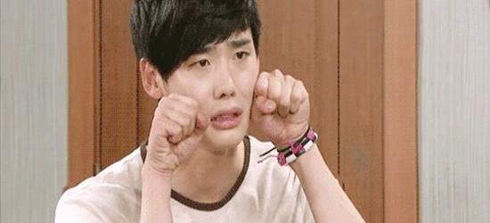 """7 khoảnh khắc """"đốn tim"""" khán giả của Lee Jong Suk  - Ảnh 3."""