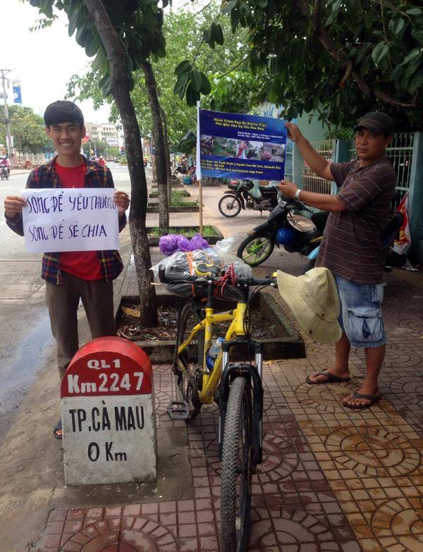 9x xuyên Việt cứu cụ già 82 tuổi nuôi 3 con khuyết tật - Ảnh 3.