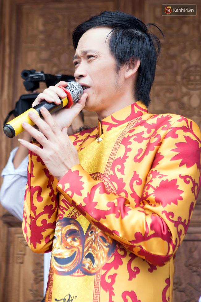 Cập nhật: Các nghệ sĩ đến thăm đền thờ Tổ trị giá 100 tỷ của Hoài Linh - Ảnh 3.