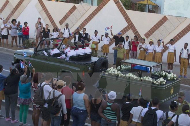 Hình ảnh lễ an táng tro cốt của lãnh tụ Cuba Fidel Castro Ruz  - Ảnh 4.