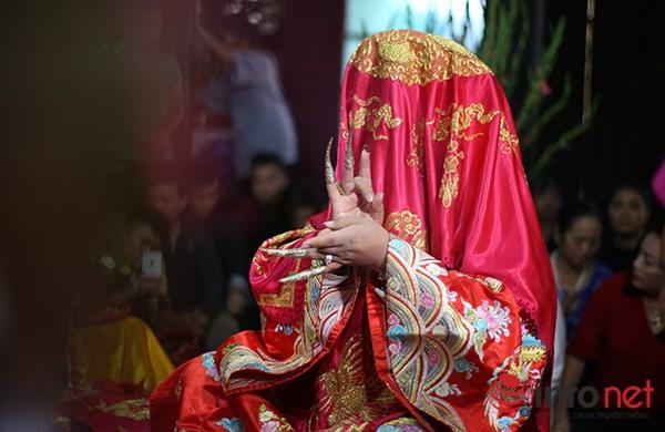 Huyền bí lễ mở phủ trong tín ngưỡng Thờ Mẫu của người Việt - Ảnh 4.