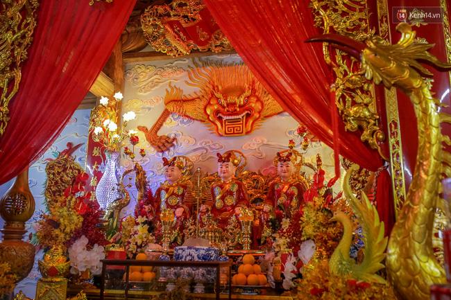 Cập nhật: Các nghệ sĩ đến thăm đền thờ Tổ trị giá 100 tỷ của Hoài Linh - Ảnh 32.