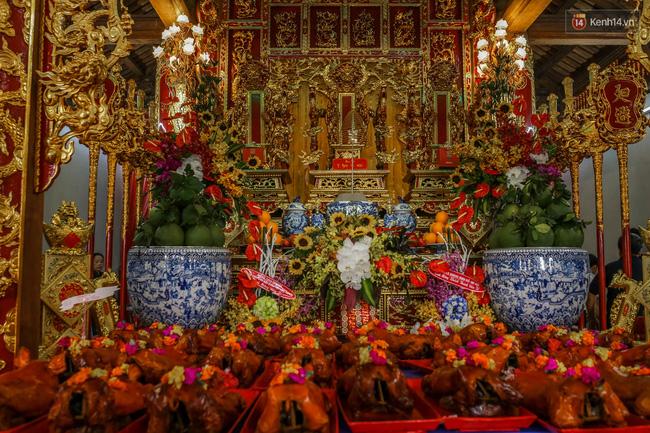 Cập nhật: Các nghệ sĩ đến thăm đền thờ Tổ trị giá 100 tỷ của Hoài Linh - Ảnh 34.