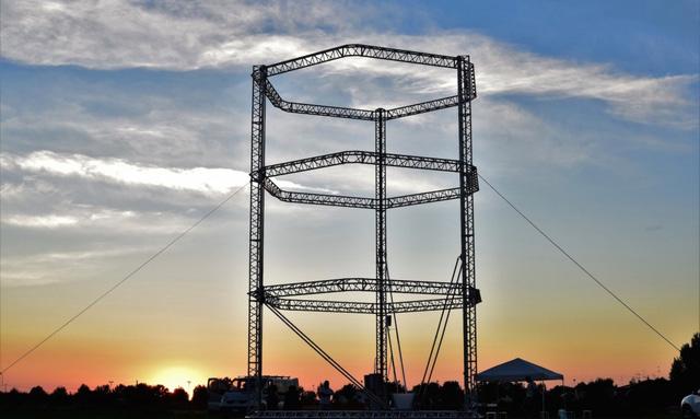 Công nghệ in 3D đã giúp xây được nhà bằng bùn với chi phí chỉ 48 euro - Ảnh 3.