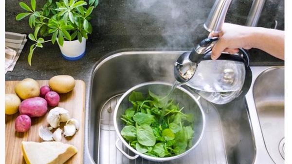 Nếu muốn khử sạch thuốc trừ sâu trong rau củ quả, bạn nhất định phải đọc bài viết này - Ảnh 4.