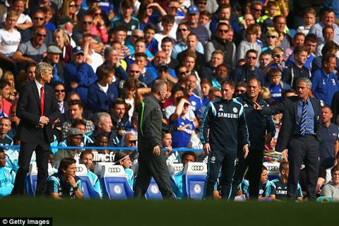 Jose Mourinho: 'Một ngày nào đó, tôi sẽ tìm Wenger và đập VỠ MẶT ông ta' - Ảnh 4.