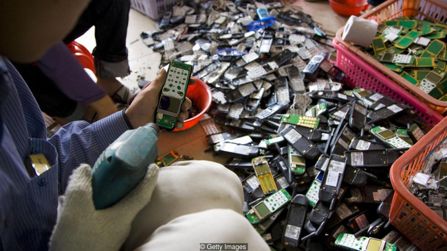 Có một mỏ vàng cực kỳ lớn bên trong những chiếc smartphone của chúng ta - Ảnh 5.