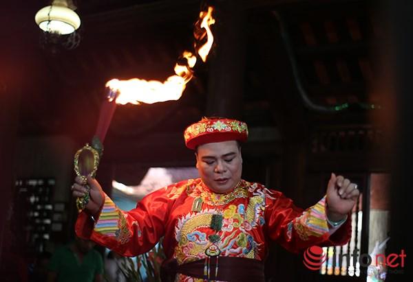 Huyền bí lễ mở phủ trong tín ngưỡng Thờ Mẫu của người Việt - Ảnh 5.