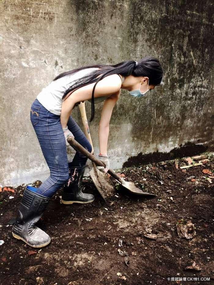 Hot girl phụ hồ khiến anh chàng nào cũng muốn làm thợ xây - Ảnh 7.