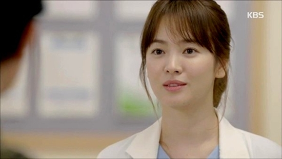 Những thiên thần áo trắng vạn người mê trên màn ảnh Hàn  - Ảnh 5.